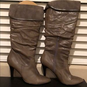 Aldo Grey Taupe Boots